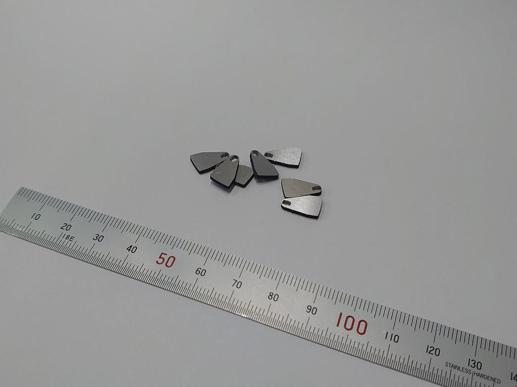 半導体製造装置用 コーナーR付き四角シム